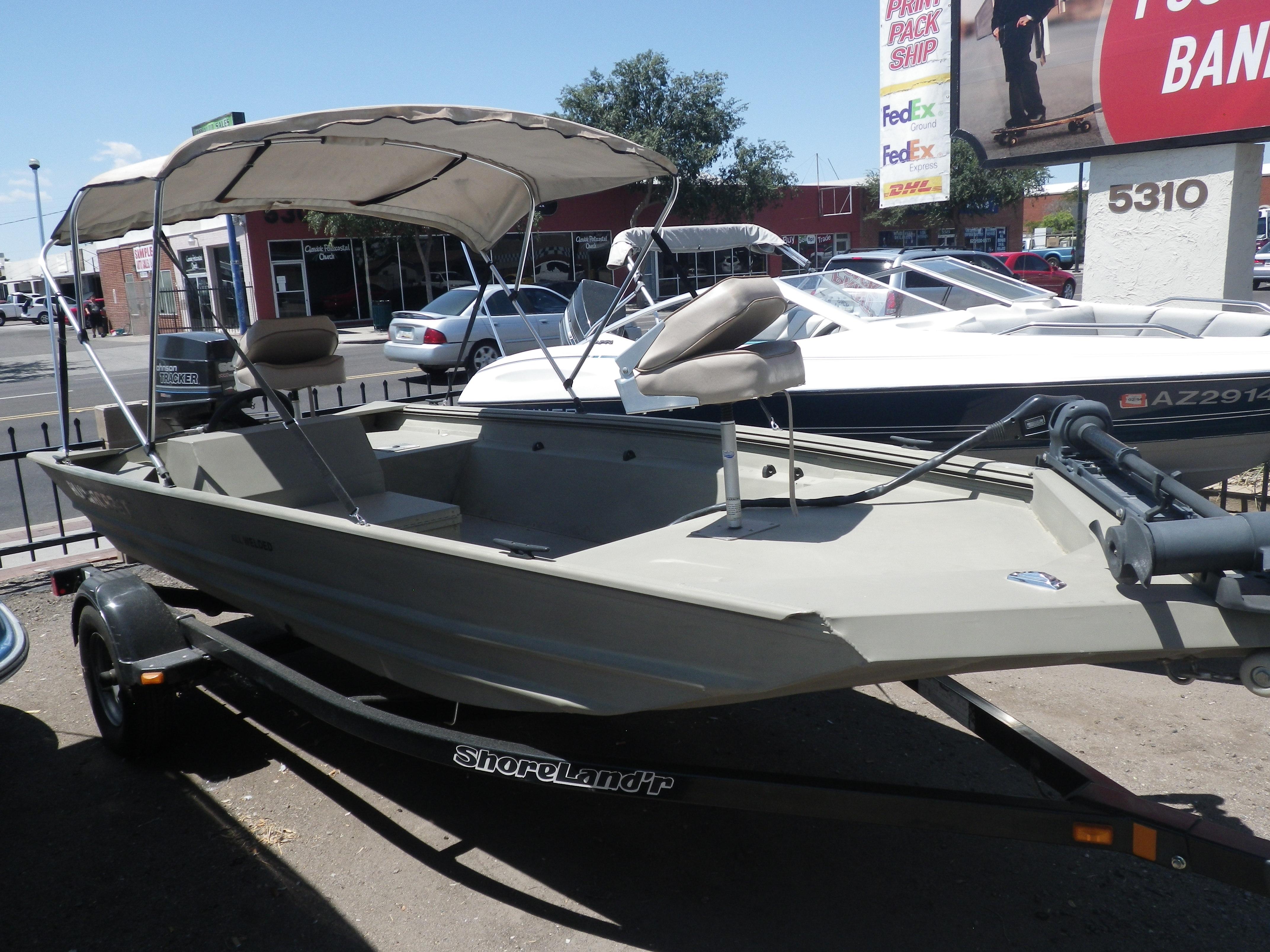 AlumaCraft 16 5′ Bass Boat stock #NEW – Valley Marine